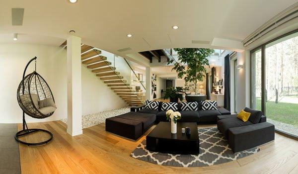 Panoramabild eines Wohnzimmers